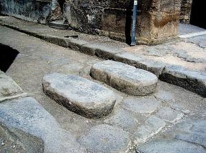 Ett övergångsställe i Pompejii